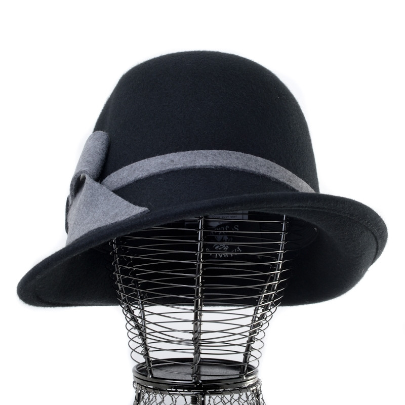 TOQUE MIXTE EN CUIR ET FOURRURE Chapeaux homme 129,50 €